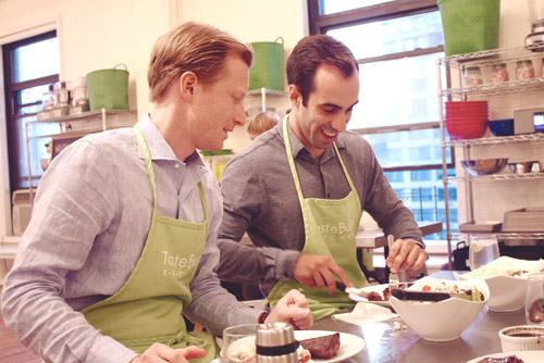 taste-buds-kitchen-corporate-events-men-steak