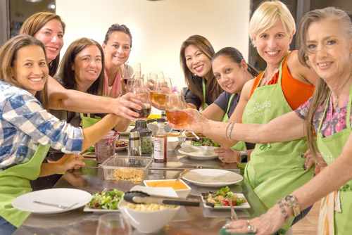 taste-buds-kitchen-corporate-events-women-group